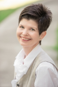 author pic barbara-sissel-press